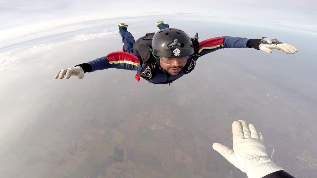 Lukman Chowdhury skydiving